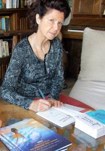 Veronique Sarano dedicace ses livres de la boutique Longitude181
